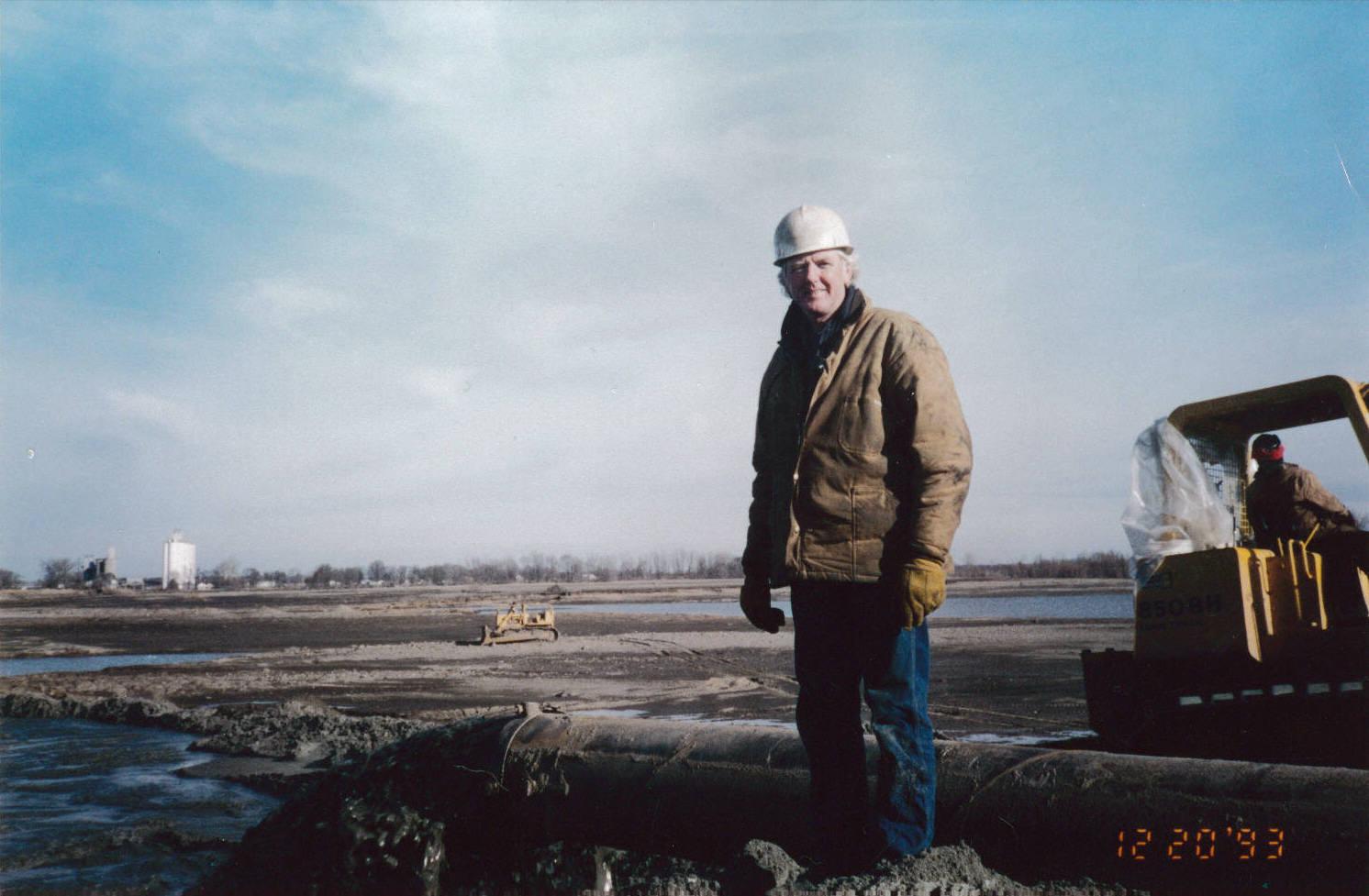 1993 Emergency Levee Repair in Missouri_Jim ONeil
