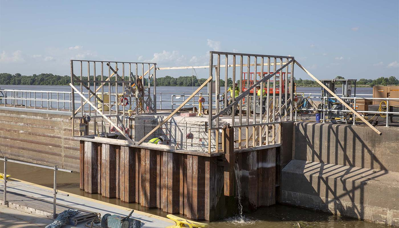 J.F. Brennan builds a cofferdam that retains water and allows a work area to be dewatered
