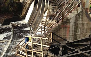 Dam construction, preplaced aggregate concrete, concrete repairs, concrete placement, dam construction contractor, pier repairs