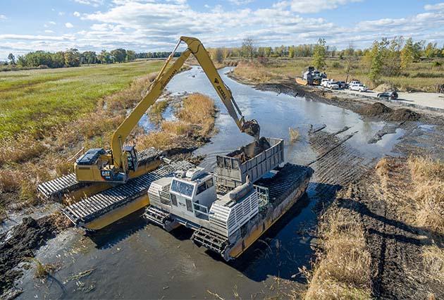 amphibious dredge, wetland restoration, marsh dredging