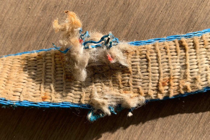 Frayed Sling - Sling shouldnt be used - resized