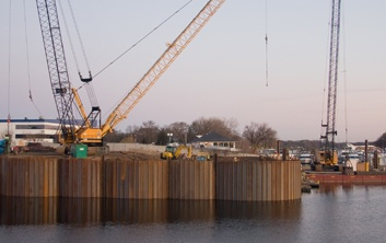 heavy lift dock, cellular wall, sheet pile cells, pile driving, river dock, industrial dock