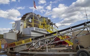 dewatering, hydraulic dredging, sand wheel, island unloading, Mississippi River dredging, marine construction