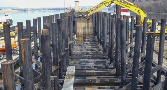 railroad bridge construction, railroad timber repairs, railroad timber fender construction, timber cribbing, timber fender systems, bridge protection
