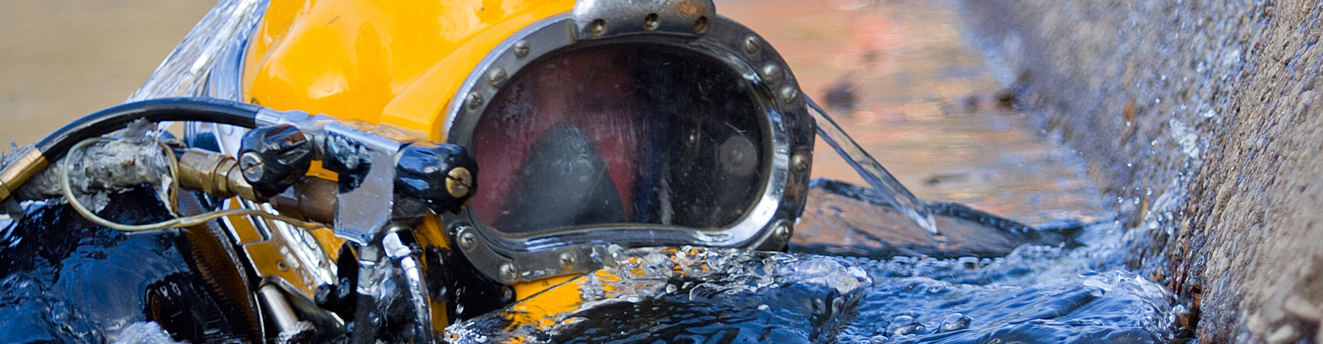 dive careers, commercial diving careers, underwater diving careers