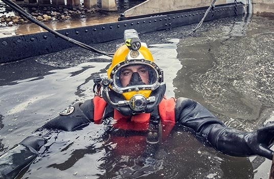 dive careers, dam construction careers