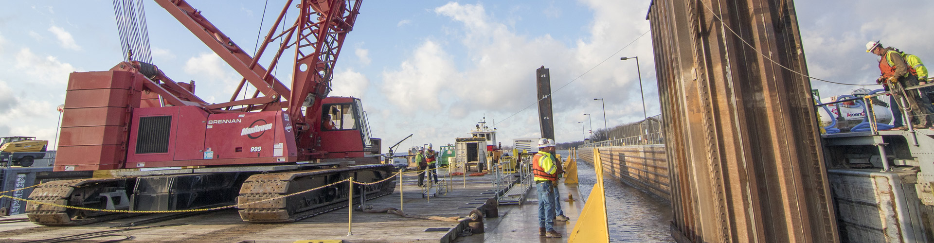dam construction, cofferdams, lock and dams, mississippi river, construction, dam repairs, lock repairs, lock and dam contractor