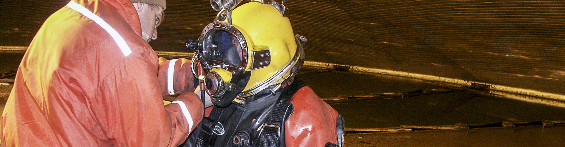 industrial diver, industrial divers, underwater construction, underwater inspections, adci certified divers
