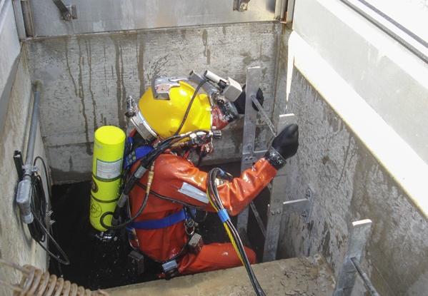 industrial diving, underwater construction, underwater inspections, commercial diving, underwater repairs, hard hat diving