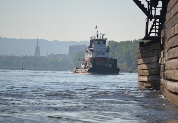 harbor management services, barge transportation, towboat assists, lock and dam assists, marine assists, railroad bridge assists, barge services, inland river services