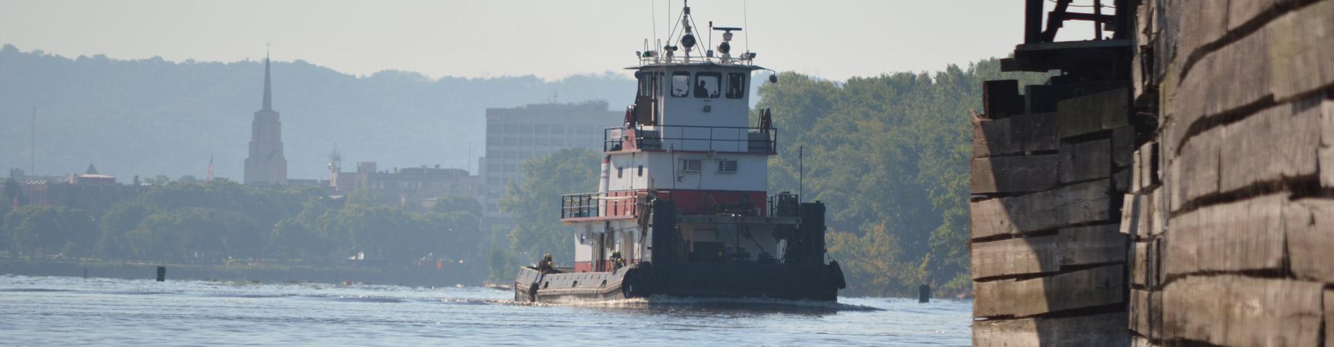 barge transportation, harbor management, dispatch center, mississppi river, towboat assists, La Crosse wi