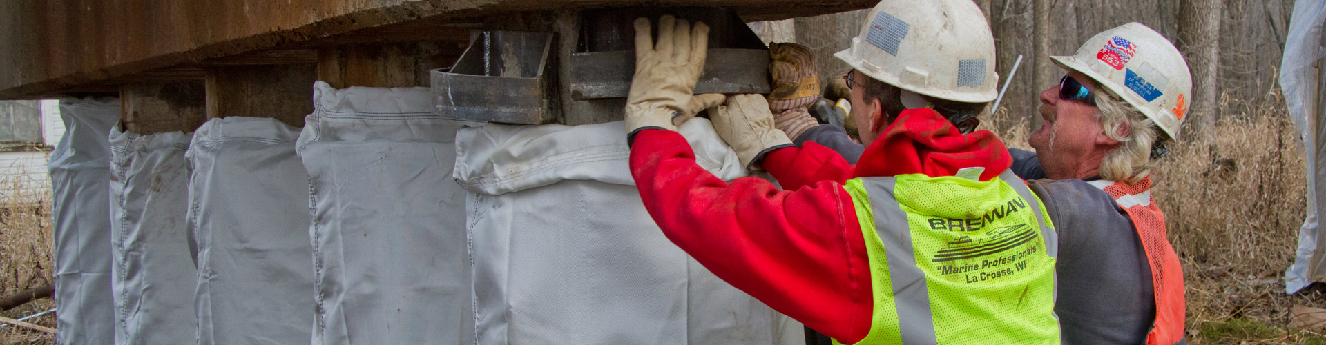pile jackets, pier repairs, bridge pier repairs, cast in place pile jackets, fabric formed pile jackets