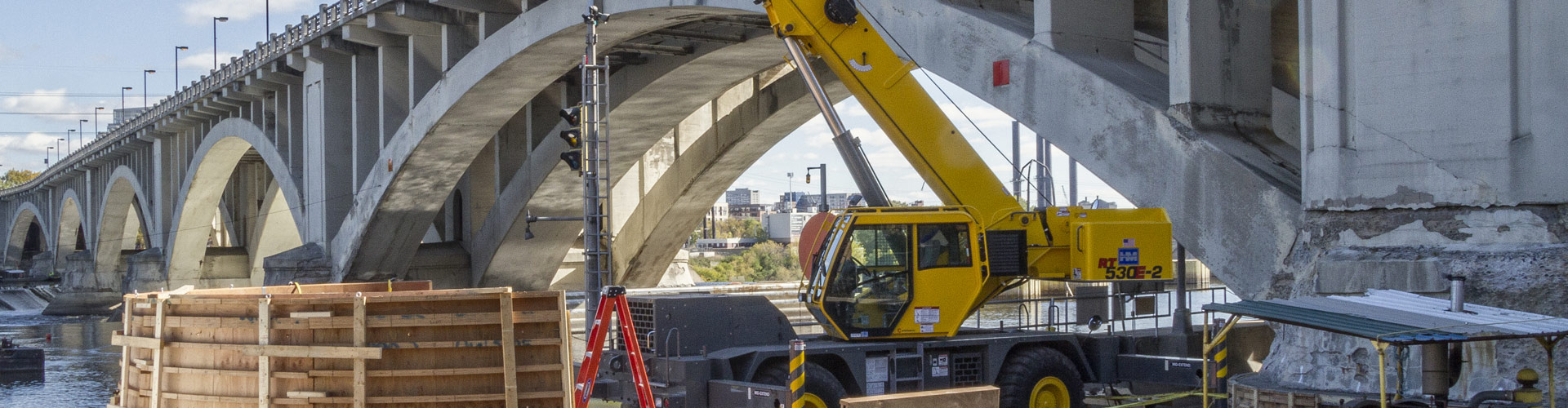 marine construction, bridge repair, bridge construction, concrete placement, underwater construction, pier repairs