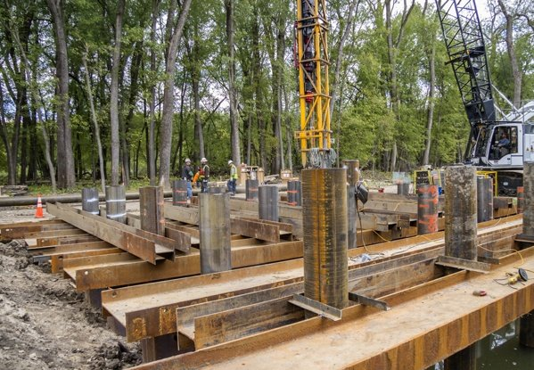 marine construction, deep foundations, pile driving, river construction, Mississippi River Construction, inland river construction, cofferdams, tower foundations, seawalls, open cell structure