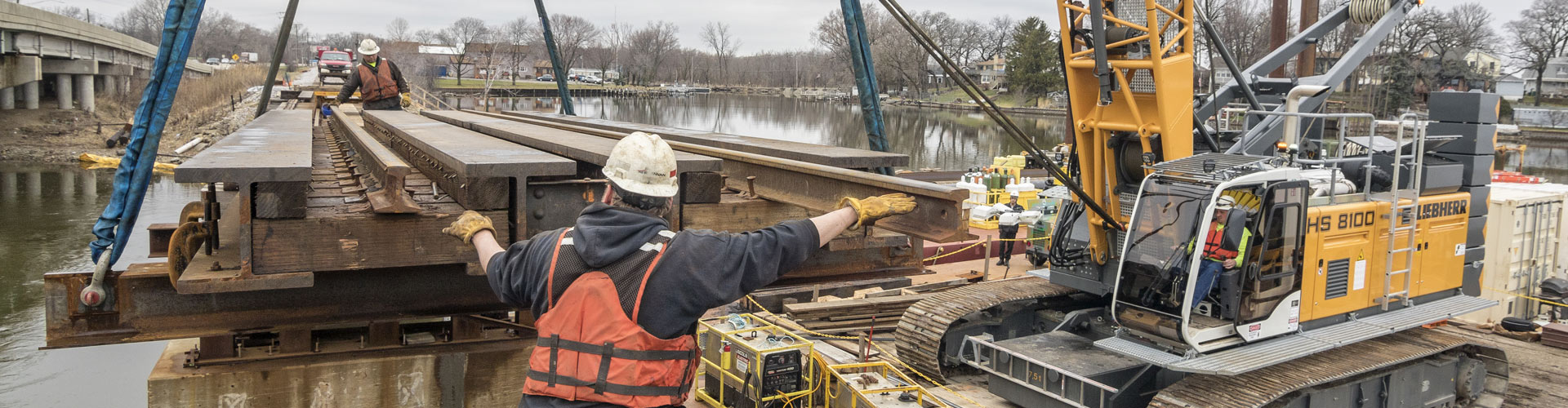 railroad bridge construction, bridge construction, railroad contractor, railroad bridge repairs