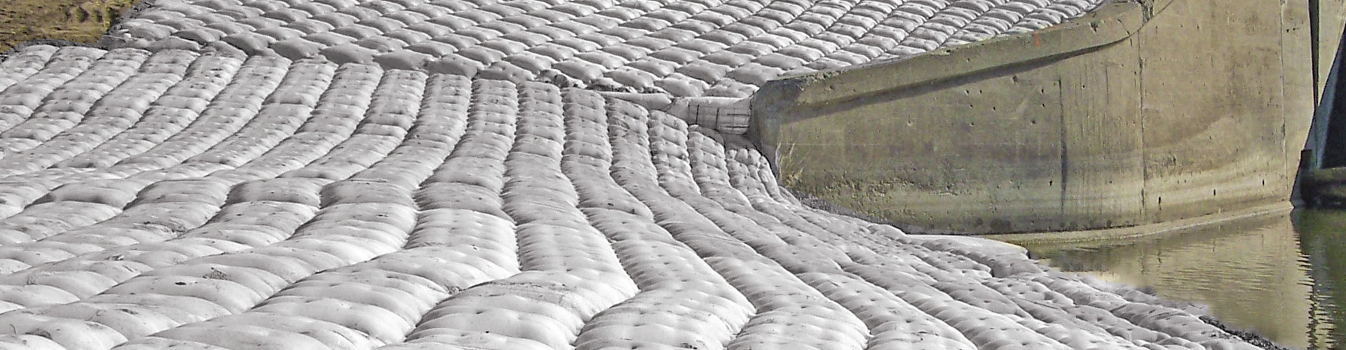 unimat, scour and erosion repairs, fabric formed articulating grout mats, erosion protection