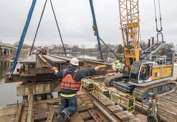 railroad bridge construction, bridge construction contractor, railroad construction contractor, bridge replacement, bridge repairs, marine construction