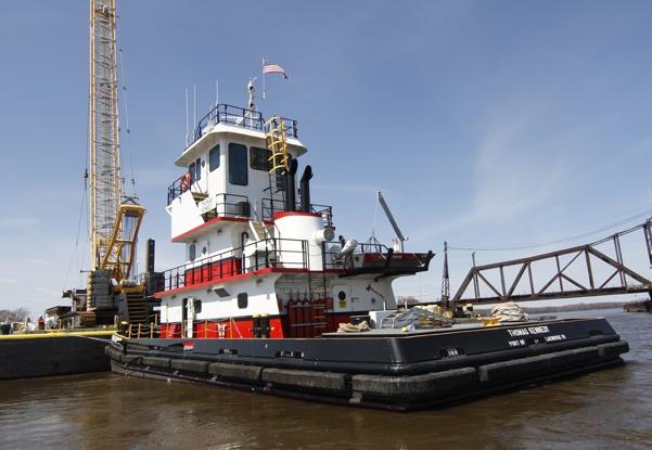 marine support, bridge construction, railroad bridge construction, railroad contractor, pier repairs, marine plants, river contraction