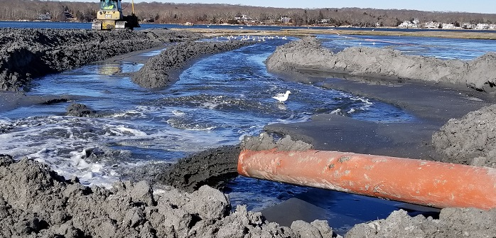 HDPE Pipe Flowing Dredge Slurry Surpassing Critical Velocity